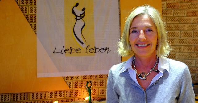 <!--:de-->Iris von Stosch erklärt, warum sie ihre Seminare im Sonnenstrahl anbietet<!--:-->